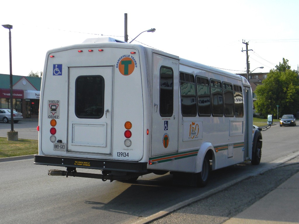 Orangeville Transit 139134